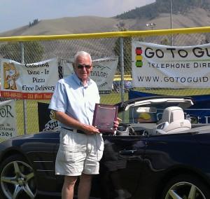 Bud Wells receives the Lee Iacocca award.